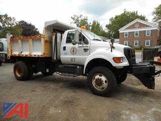 2005 Ford F750 Dump Truck with Plow