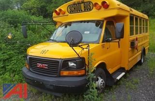 2005 Thomas/GMC Savanna Mini Bus