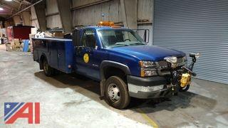 2004 Chevrolet Silverado 3500 Pickup with Utility Box