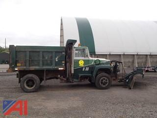 1990 Ford L9000 S/A Dump