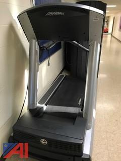 Life Fitness Integrity Treadmill CLST