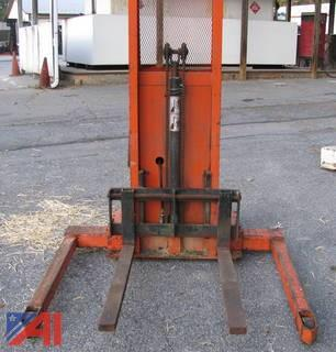 Presto 2,000 LB  Electric Stacker/Lift