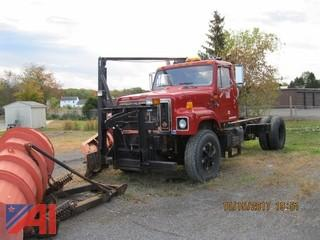 1996 International 2574 Cab and Chassis with Plow