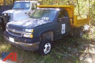 2004 Chevy 3500 4x4 Dump