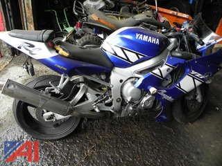 2001 Yamaha YZF-R66 Motorcycle