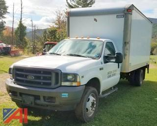 2003 Ford F550 Box Truck with Lift Gate