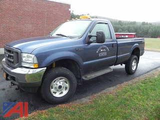 2004 Ford F350 SD XL Pickup with Plow