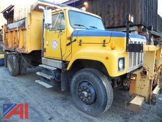 2001 International S2574 Dump Truck