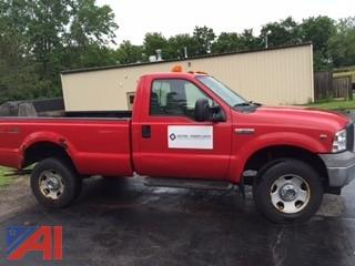 2005 Ford 350XL Super Duty Pickup with Plow
