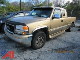 **Lot Updated, has keys and mileage** 1999 GMC Sierra Pickup 1500
