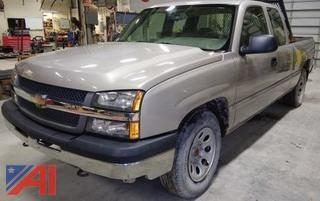 2007 Chevrolet Silverado 1/2 Ton 4x4 Pickup Truck