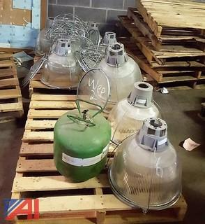 **Lot Updated** (2) Pallets of Light Globes