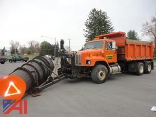 2003 International F-2674  6x4 Dump Truck