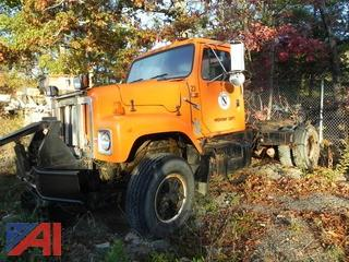 2000 International 2574 Cab and Chassis