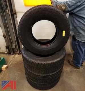 New Set of 4 Wrangler Goodyear 265/70R16 Tires