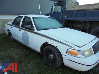 2000 Ford Crown Victoria 4DSD/Police Interceptor