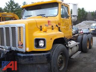 2002 International 2674 Cab/Chassis