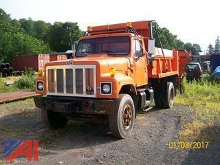 2000 International 2574 Dump