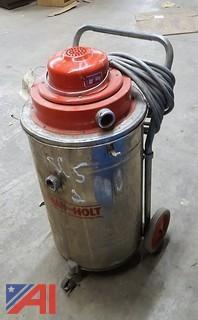 Pullman-Holt Industrial Vacuum