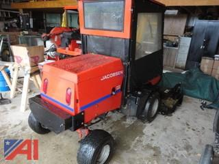 2001 Jacobsen Textron Turfcat Riding Lawn Mower