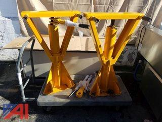 (2) Ratchet Truck Jacks