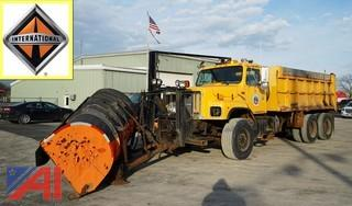 2000 International 2674 6x4 Plow Spreader & Dump Truck