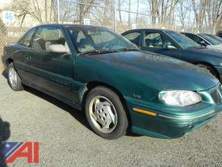 1996 Pontiac Grand Am SE Coupe 4DSD
