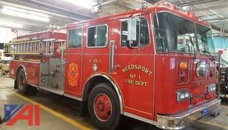 1990 Seagraves Custom Pumper Enclosed 7 Man Cab Fire Truck