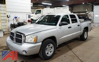 2007 Dodge Dakota SLT Quad Cab 4 x 4 Pickup Truck