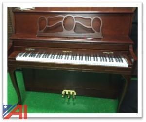 "Baldwin ""Classic"" Spinet Piano"