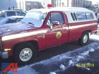 1984 Chevy Custom 20 Pickup with Cap
