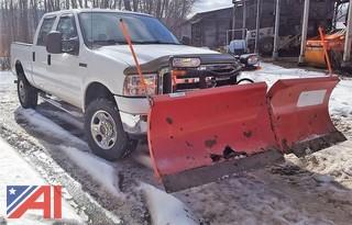 2005 Ford F350 Super Duty Pickup Truck with Plow
