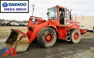 2000 Daewoo Mega 250-III Articulated Wheel Loader
