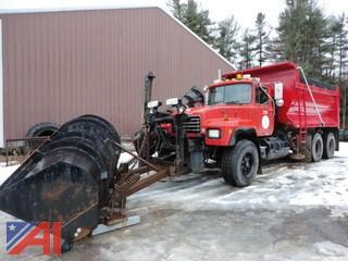 1999 Mack RD688S 6x4 Dump Truck with Plow