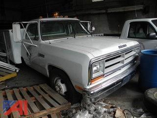 1988 Dodge Ram D350 Utility Truck