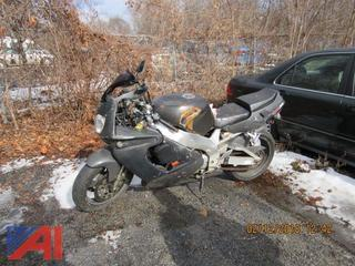 **Lot Updated, CAN BE REGISTERED** 1997 Yamaha YZF750 Motorcycle