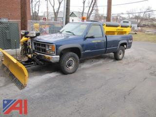 1998 Chevrolet CK2500 Pickup with Plow