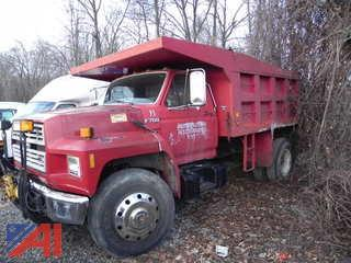 1992 Ford F700 Dump Truck with Plow