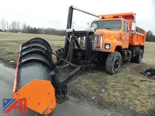 2000 International 2574 Dump Truck with Plow & Wing