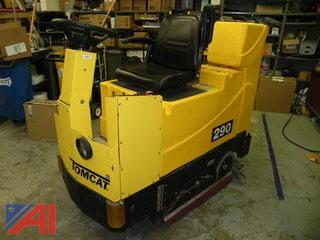 Floor Scrubber: Tomcat 290 Cylindrical Riding
