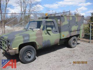 1986 Chevy D30 Military Postal Unit Box truck