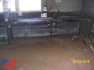 Metal Work Bench with Columbian Vise