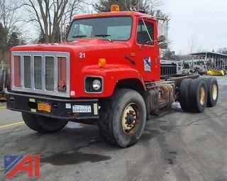 2001 International 2674 Cab & Chassis