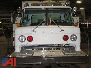 1982 Ford Cabover Saulsbury 8+2 Compartment Rescue Body