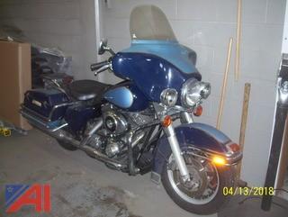 2002 Harley Davidson FLHTPI Motorcycle
