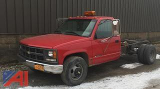 1999 Chevrolet C/K3500 Cab and Chassis