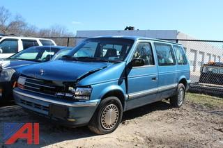 1993 Plymouth Voyager Van