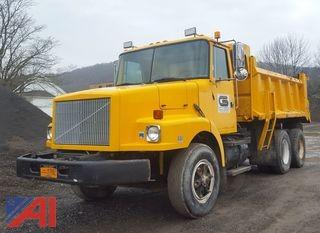 1991 Volvo/White WG Dump Truck