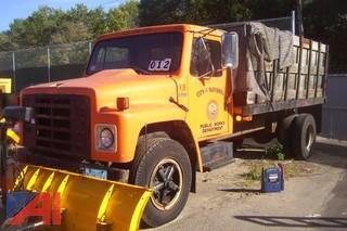 1986 International S1600 Stake/Dump Truck