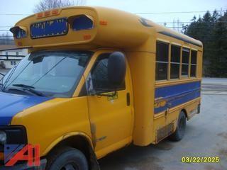 2006 Chevy Mini Bus